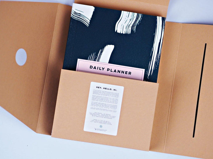 The Completist – Shadow Brush Daily Planner – Planificador Diario A5 (15 x 21cm)