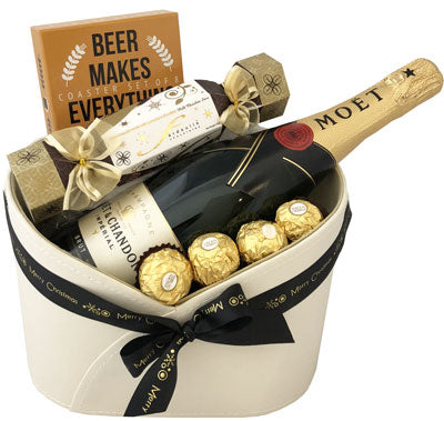 Christmas Hampers - Ultimate Moet & Chandon