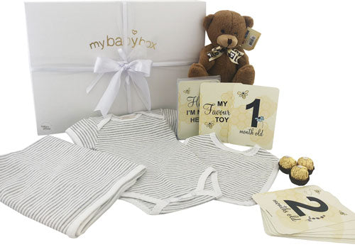 Baby Hamper - Unisex Clothing Set Bib, Onesie, Blanket and teddy