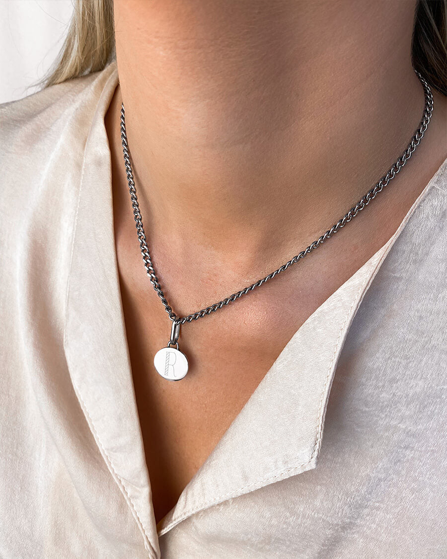 Circular Small Curb Chain Necklace (Silver)