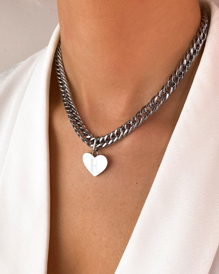 Heart Curb Chain Necklace 16 in (Silver)