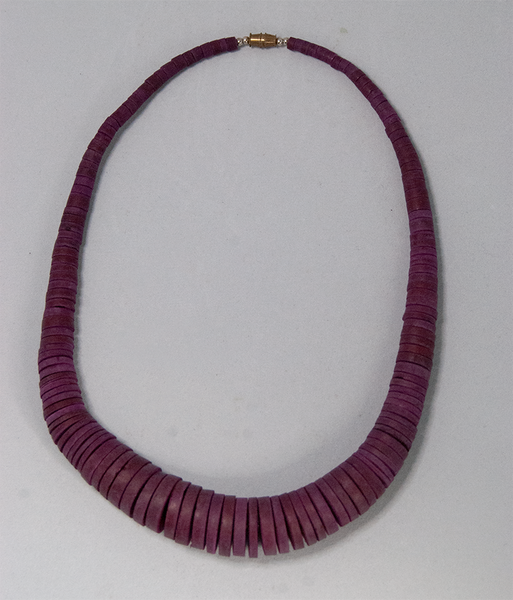 Plum wooden bead graduated necklace