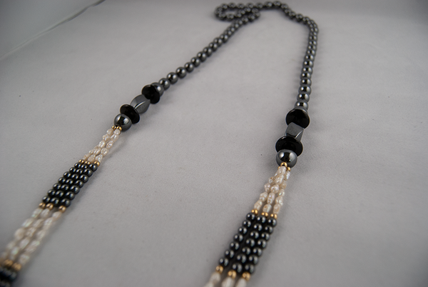 Black bead necklace with freshwater pearls
