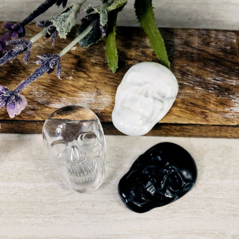 Crystal Quartz Skull Shaped Cabochon (RK37B10-01)