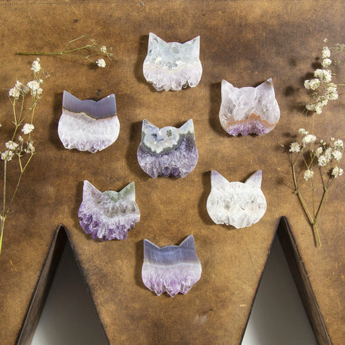 Amethyst Cat - Kitty Cabochon - Cat jewelry - Stone Jewelry Supply (RK94B14-01)