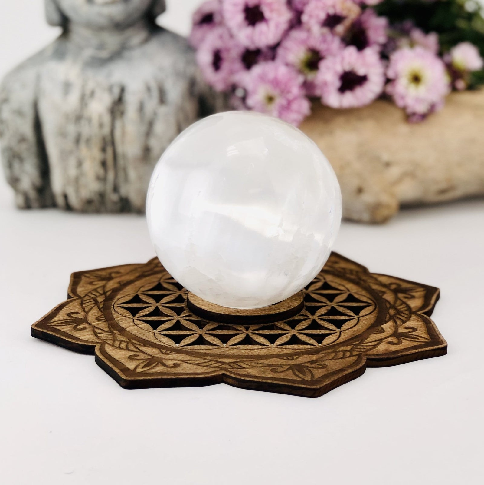 Lotus Flower Wooden Sphere Stand