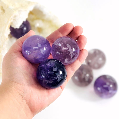 Amethyst Polished Spheres (RK139B11)