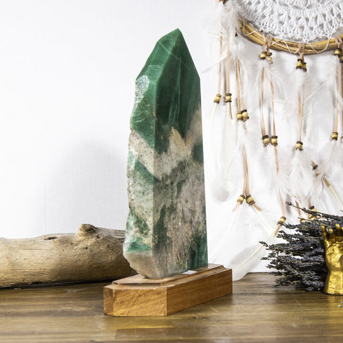 Large Green Aventurine Point (LB-749)