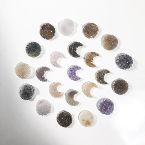 Druzy Moon and Circle Cabochon - Natural Colored Crescent (RK143B20)