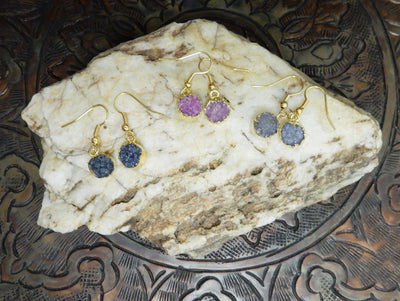Earrings - Druzy Earrings Beautiful Round Dyed Druzy Earrings With 24k Gold Electroplated Edges And Back