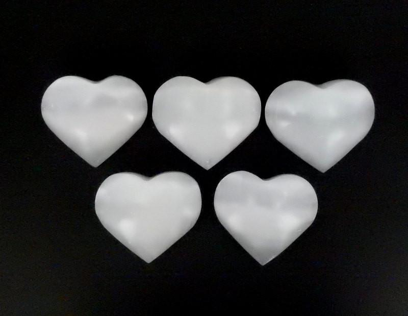 Heart - Selenite Heart Shaped Stone - Chakra - Metaphysical  (RK50B1)