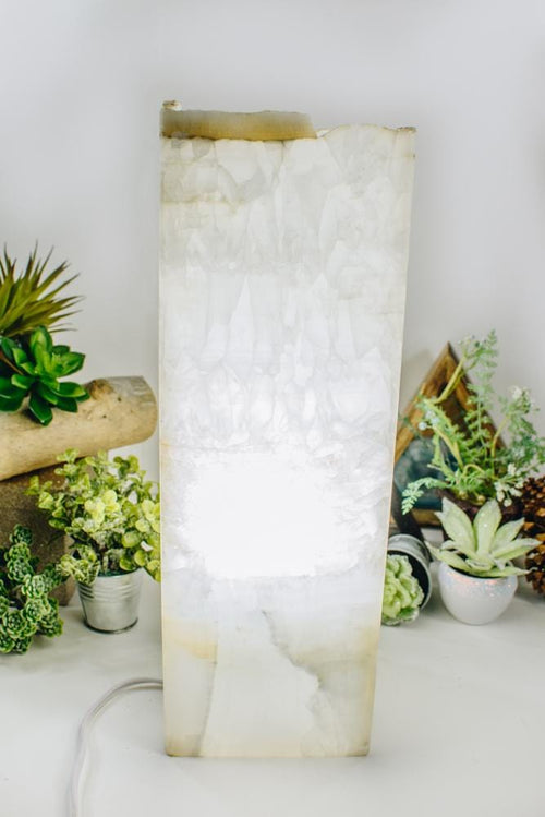 Light Onyx Tall Squared Lamp (LAMP14)