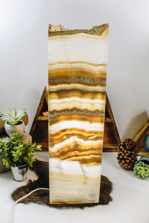 Mexican Onyx Tall Squared Lamp (LAMP09)