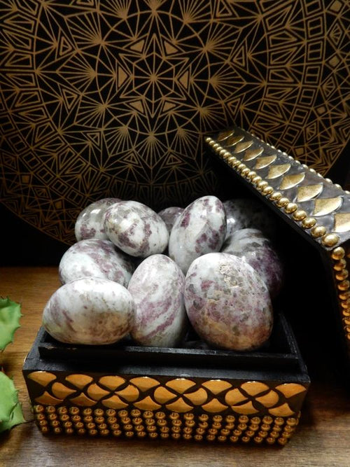 Lepidolite - Lepidolite Palm Stone - Tumbled Stone - Small Or Large (RK87B2) (RK87B3)