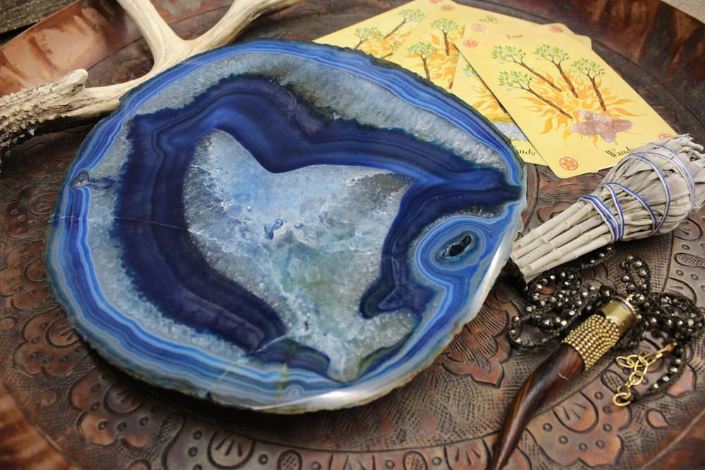 Platters - Agate Platter Blue  - Small Size - 17 To 23 Cm - Thick Agate Slab - Table Setting - Home Decor & Spiritual Gift