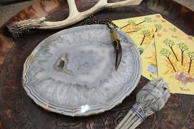 Platters - Agate Platter Natural  - Small Size - 17 To 23 Cm - Thick Agate Slab - Table Setting - Home Decor & Spiritual Gift