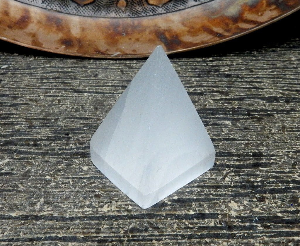 Pyramids - Selenite Pyramid - Slim Pyramid Shaped Selenite Stone - Reiki - Metaphysical - (RK400B6)
