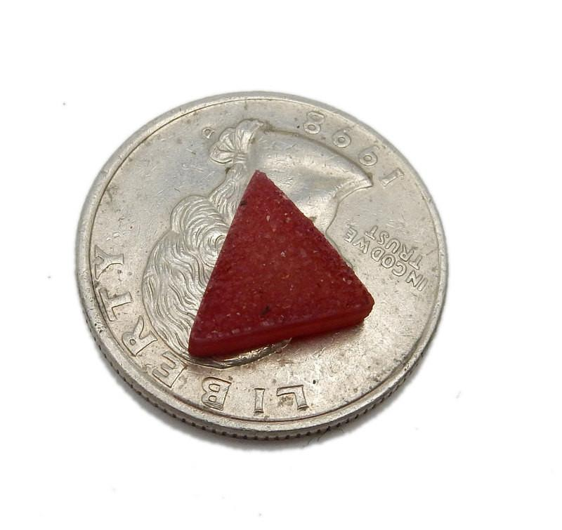 Red Triangle Druzy Pair - Beautiful 10mm Triangle Shaped Druzy - Jewlery Supplies -  Druzy Stones - (RK93B18-21)
