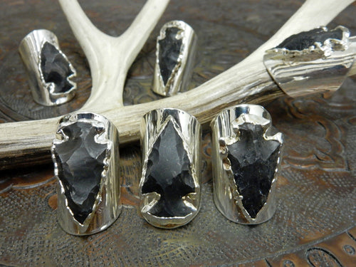 Rings - Black Obsidian Silver Edged Arrowhead Set On Adjustable Silver Electroplated Cigar Band Ring. RK113B2-07