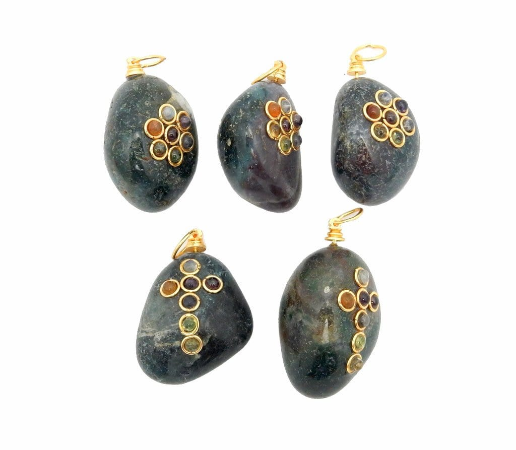 Tumbled Stone Chakra Pendant - Tumble Blood Stone Pendant With Chakra Gold Tone Accent And Bail (RK57B7-02)