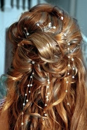 Wedding Hairstyles: Pearls, Curls & More