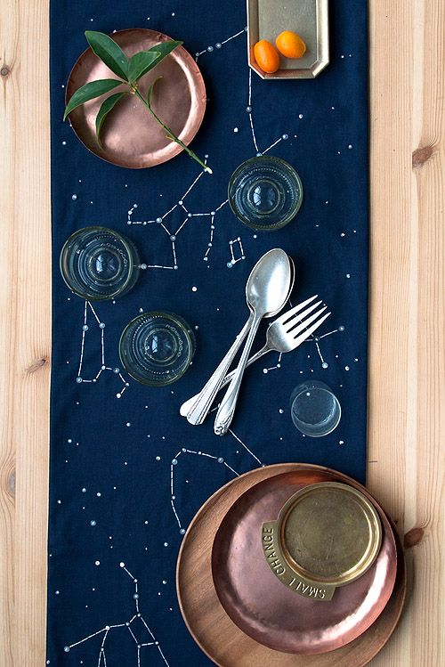 4 Fabulous DIY Table Runners Help Your Table Bring Out It's a-Game