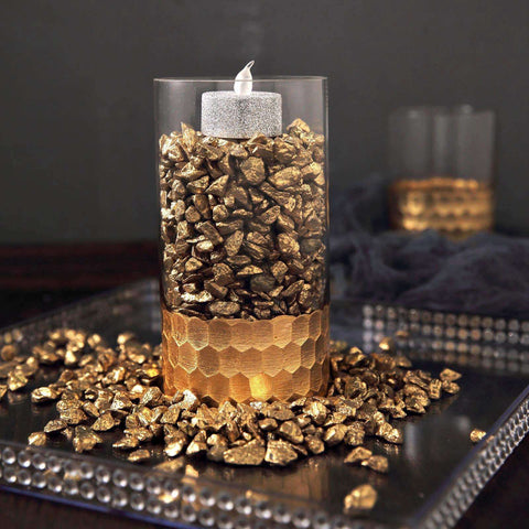 Warm Up your Wedding with Luxurious Gold Decorations