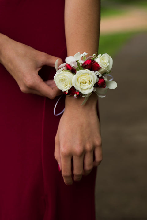 Is Burgundy A Spring Wedding Color?