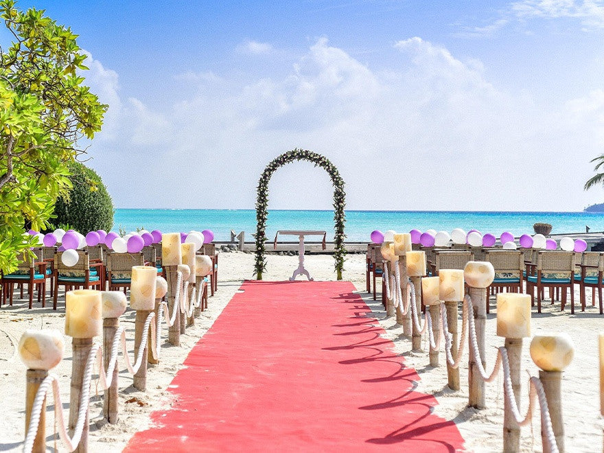 aisle decoration for outdoor wedding