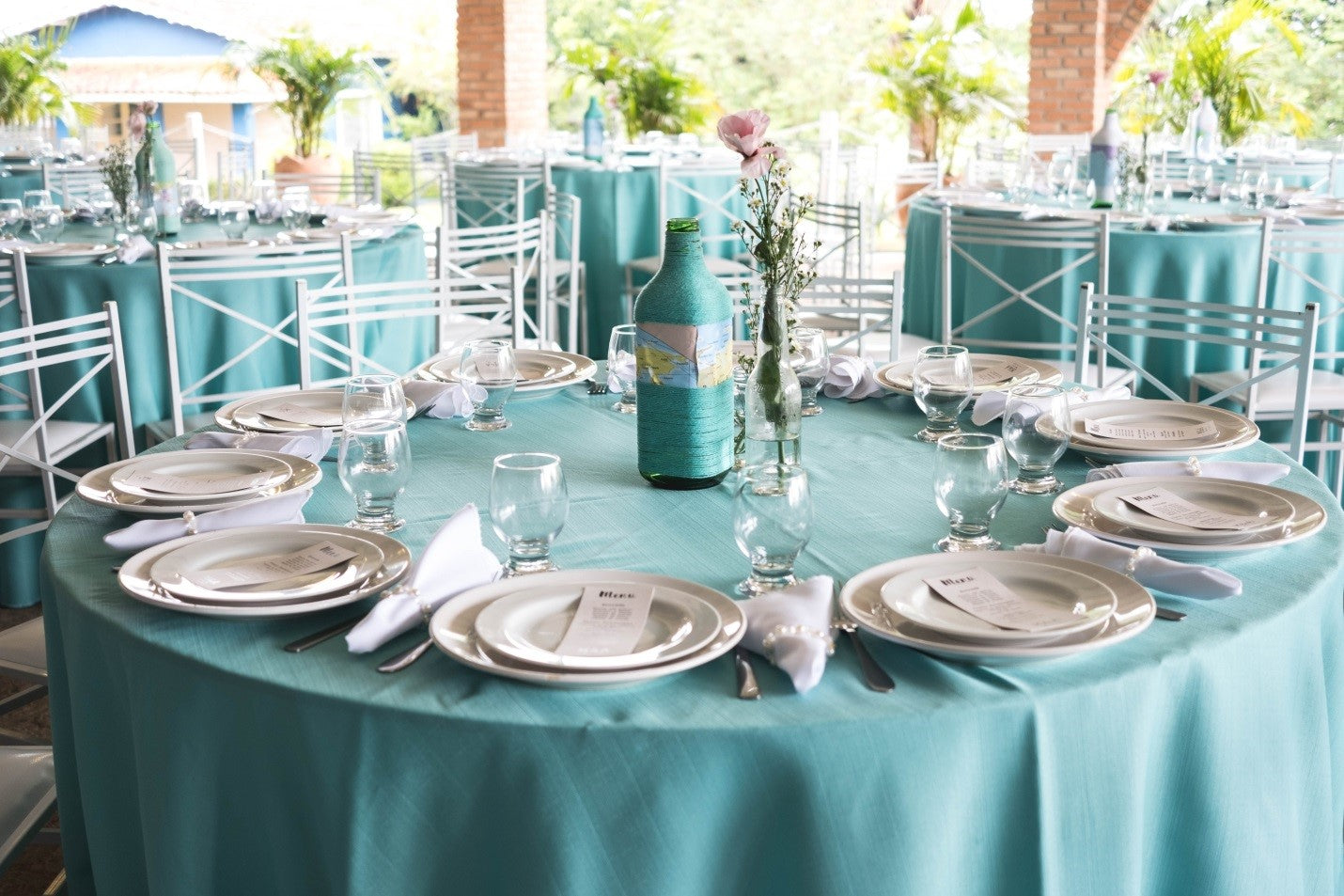 polyester turquoise round tablecloths