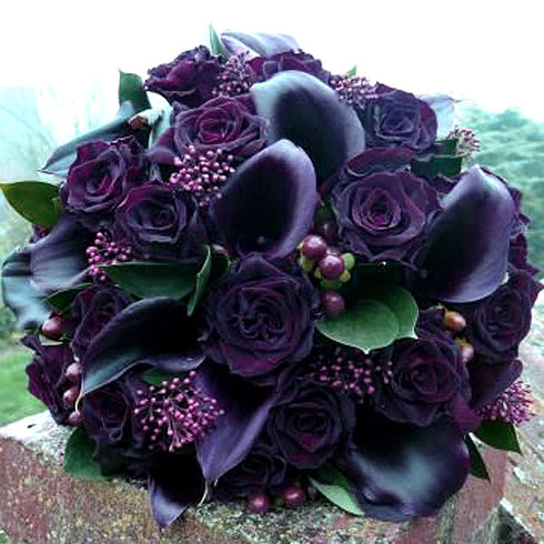 42 Artificial Giant Velvet Rose Buds - Black