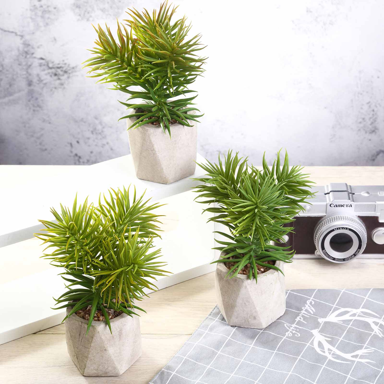 Artificial Spiky Crassula Mini Green Plants