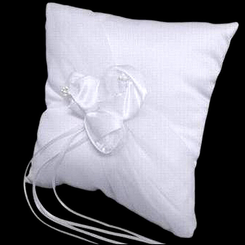 Deluxe Triple Rose Ring Pillow - White