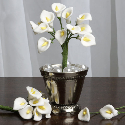 144 EXTRA TOUCH Peacock-Spread Craft Lilies- White