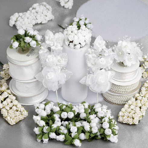 Huge lot of assorted decorations-White