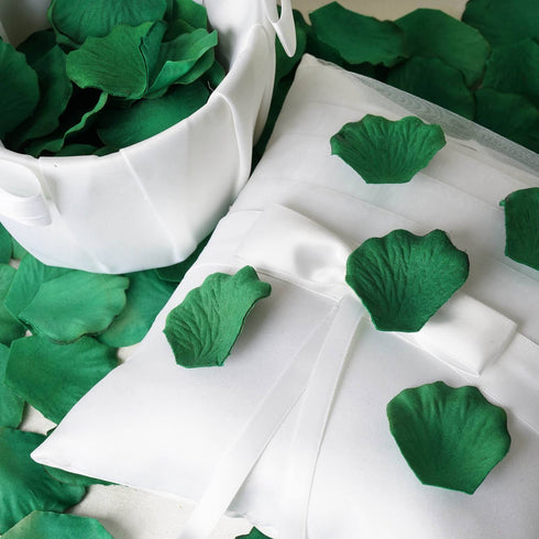 500 Hunter Emerald Green Silk Rose Petals