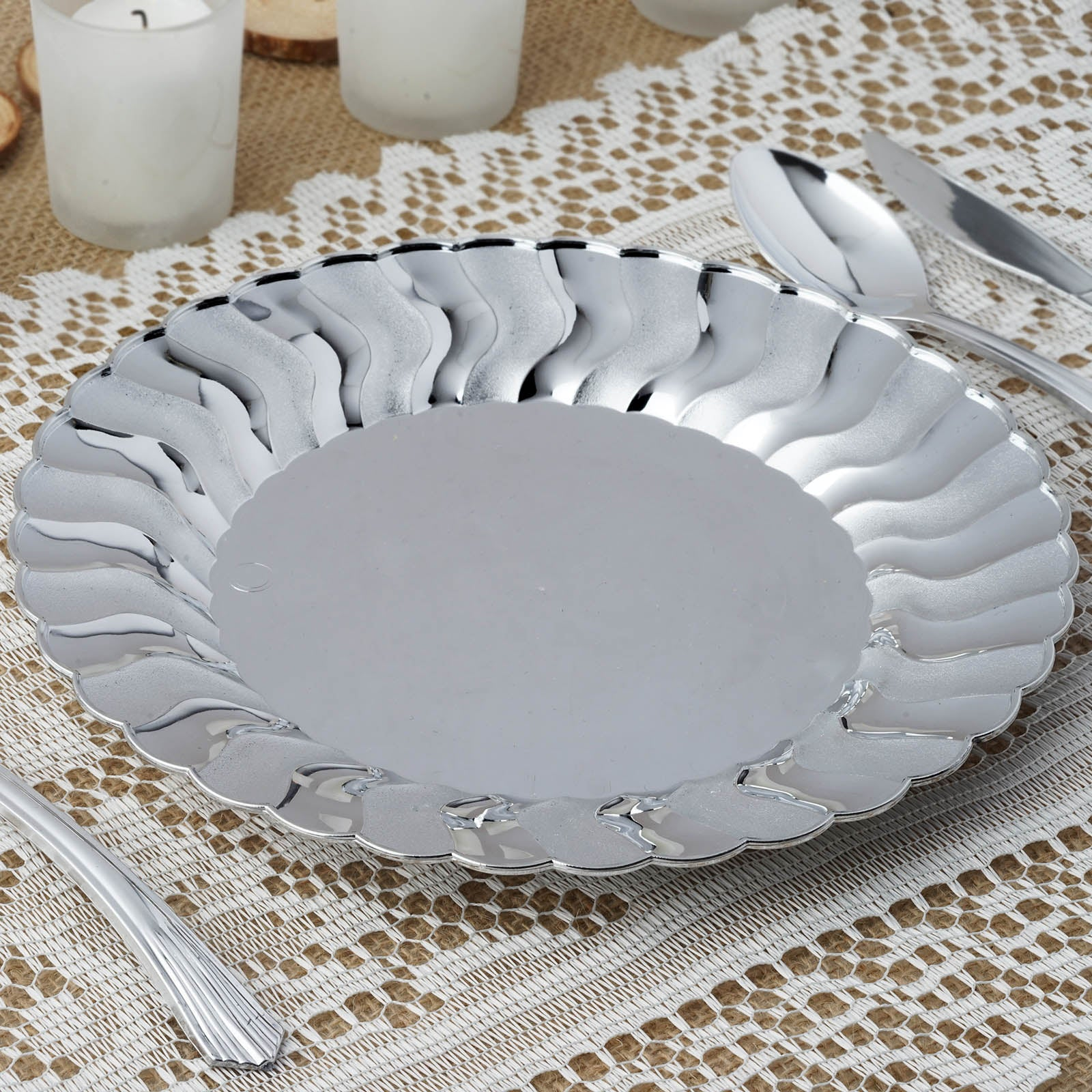 10 Pack 9  Silver Disposable Flared Round Dinner Plates & 10 Pack 9