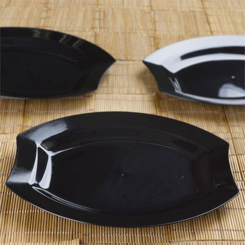 "10 Pack - Black 10.5"" Crescent Oval Shaped Disposable Plate - Partytown Plastics"