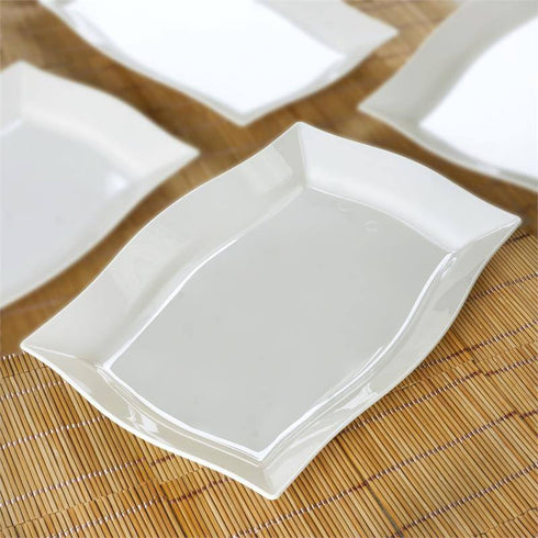 "10 Pack - Ivory 8"" x 11.5"" Rectangle Wave Disposable Plate - Partytown Plastics"