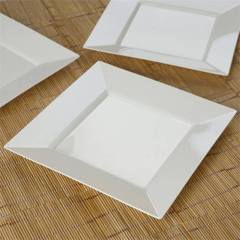 "10 Pack - Ivory 9.5"" Square Disposable Plate - Partytown Plastics"