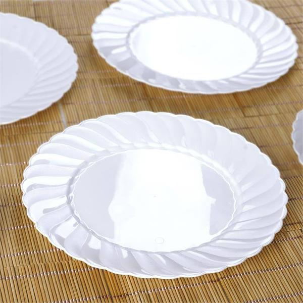 "10 Pack - 10"" White Flared Round Disposable Plastic Dinner Plates"