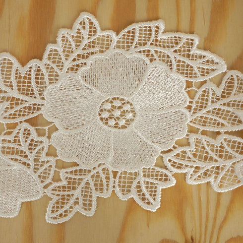 "Poppilicious Crocheted Heavy Lace Ribbon Trim 5.3"" x 5yards - White"