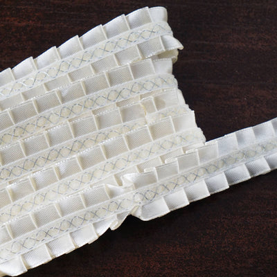 "STYLE ME PRETTY Ruffle Trim Ivory 0.75"" x 25yard Intricate Satin"