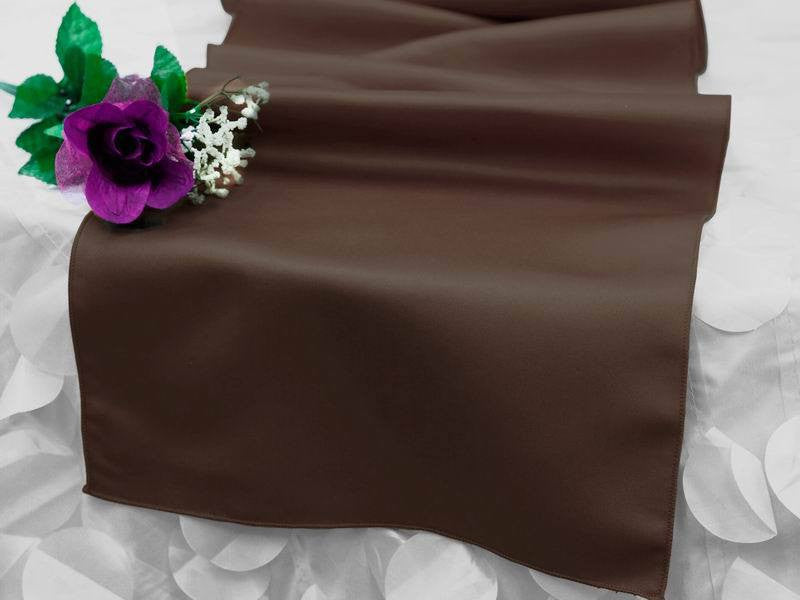 Chocolate Lamour Table Runner
