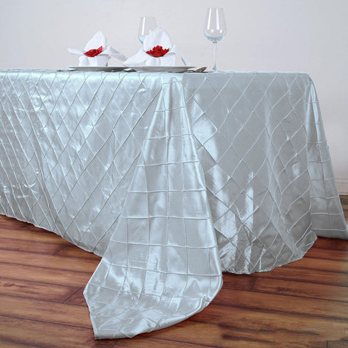 "90"" x 156"" White Taffeta Pintuck Rectangular Tablecloth"