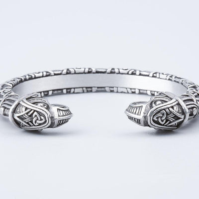 Set Viking Bracelet Hugin et Bague Triquetra vue de face du bracelet