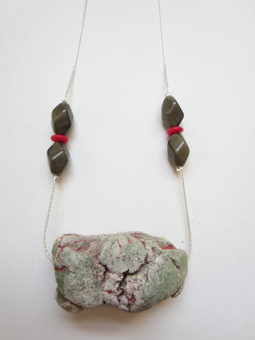 Short Green-Red necklace
