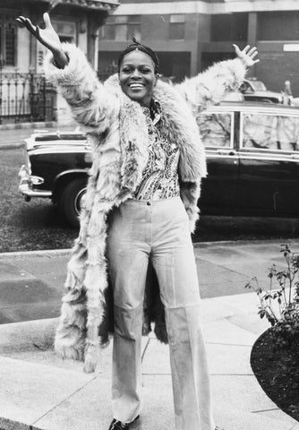 Cicely Tyson Arms Up
