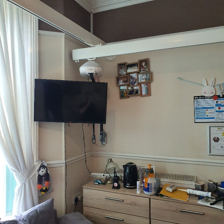 Install of Reconditioned Robin X-Y System Hoist Covering full Room at Property in Southport