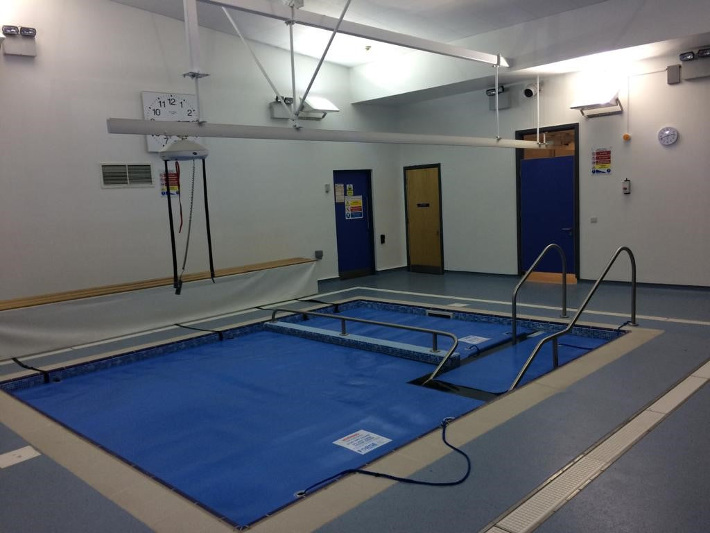 'Invacare Robin' full room hoist installations including X-Y Systems and gate systems. Installations at Stanley School, Wirral.